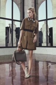 fendi_resort2017_18_jpg_3483_north_1382x_black
