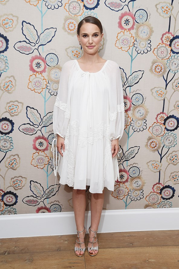 Natalie-Portman-Vogue-16Aug16-Getty_b_592x888