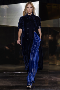 hm-studio-aw-fall-2016-paris-fashion-week-40