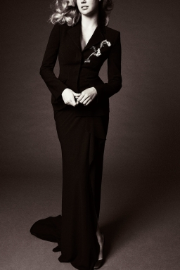 32_zac_posen_spring_18_jpg_5161_north_1382x_black