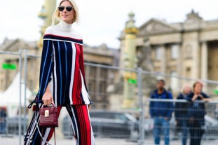 3busg1-l-610x610--fashion+week+street+style-fashion+week+2016-fashion+week-paris+fashion+week+2016-stripes-striped-striped+pants-pants-wide+leg+pants-shoulder-shoulder-white-turtleneck-b