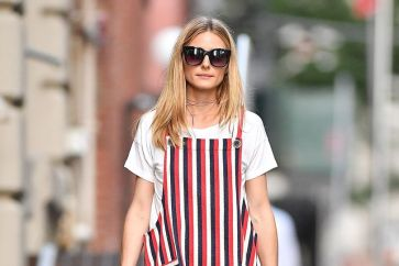olivia-palermo-stripes-vogue-9aug16-splash-b