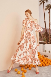 00047_carolina_herrera_vogue_resort_2019_pr_jpg_9388_north_1382x_black
