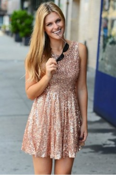 icw3sl-l-610x610-dress-sparkle-glitters-sequins-sequin+dress-style-instastyle-fashion-instafashion-ootd-look+day-lookbook