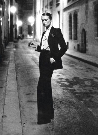 Le costume d'Yves Saint Laurent