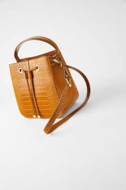 ZARA bucket bag 45.90 CHF